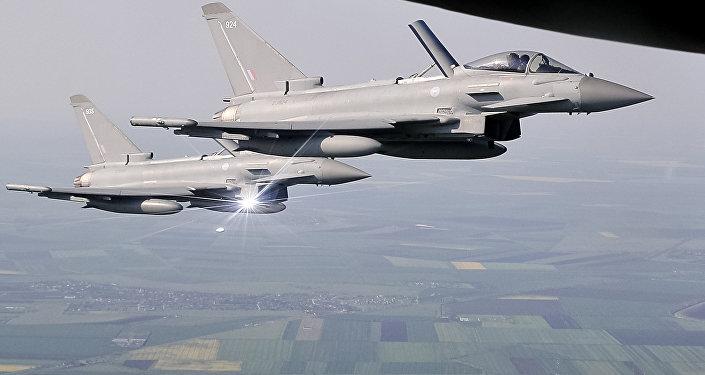 Cazas británicos Typhoon (imagen referencial)