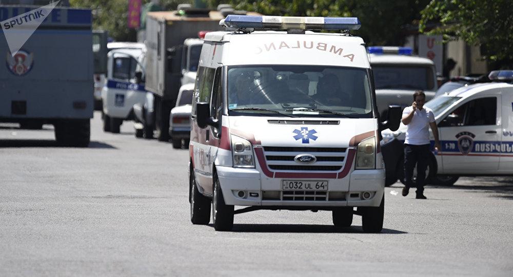 Ambulancia en Ereván, Armenia (archivo)