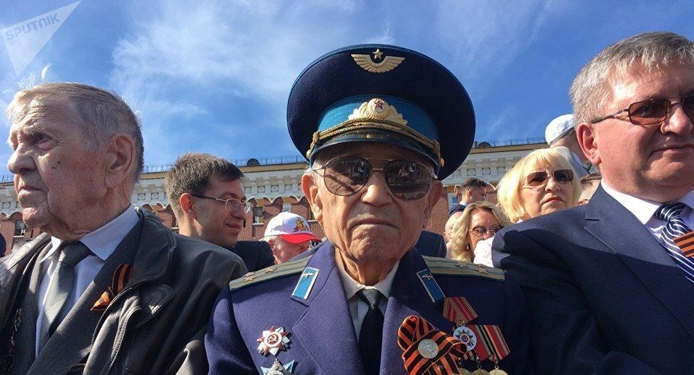 Mijaíl Ashifin, coronel de la Fuerza Aérea de la URSS