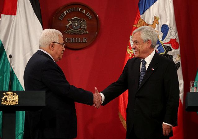 El presidente palestino, Mahmud Abás y el presidente de Chile, Sebastián Piñera