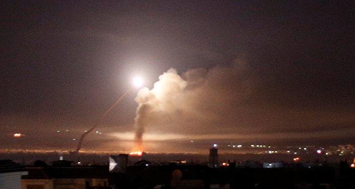 Lanzamiento de un misil, Siria