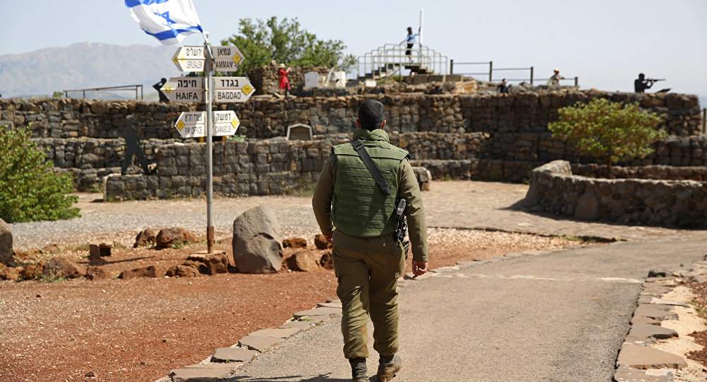 Un soldado israelí en los Alton de Golán