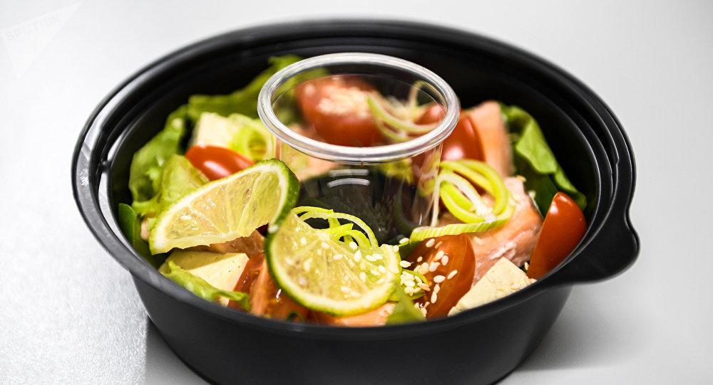 La ensalada con salmón de Fresh Diets