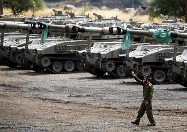 Tanques israelíes en los Altos del Golán