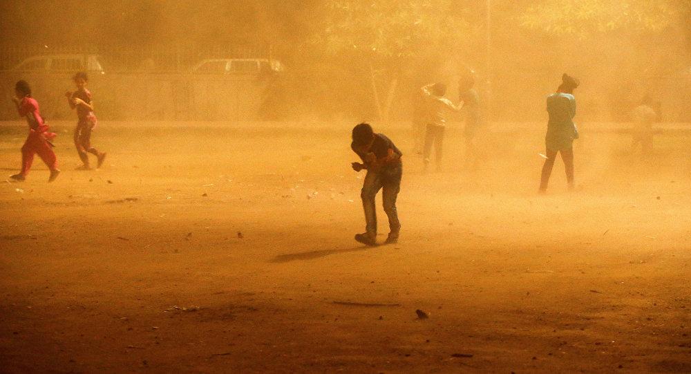 Más de una treintena de muertos en la India por mal tiempo
