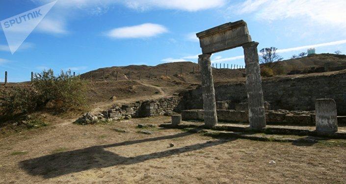 Panticapeo, las ruinas antiguas en la ciudad de Kerch