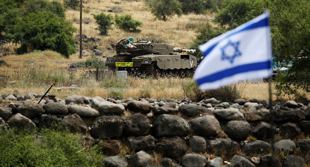 Tanque israelí en los Altos del Golán
