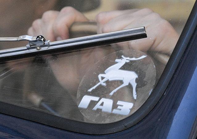Logo de la empresa automotriz rusa Gaz (arhivo)