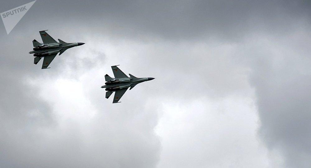 Los Su-30 de las Fuerzas Aéreas de Kazajistán