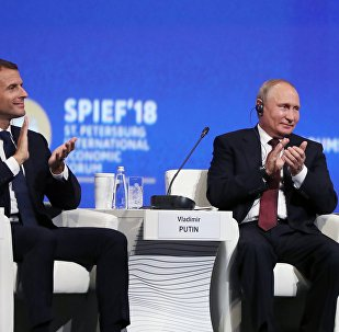 Presidente de Rusia,Vladímir Putin, y presidente de Francia, Emmanuel Macron