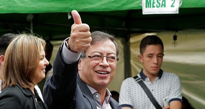 Gustavo Petro, candidato presidencial colombiano (archivo)