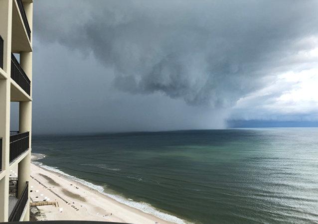 La tormenta Alberto acercándose a costas estadounidenses