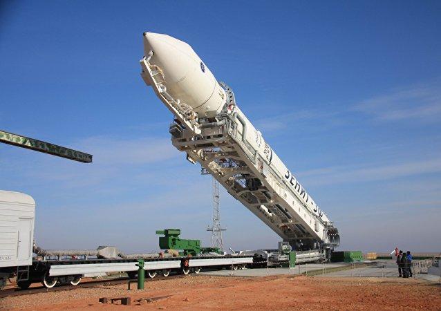 Preparativos para el lanzamiento de un cohete portador ucraniano Zenit (archivo)