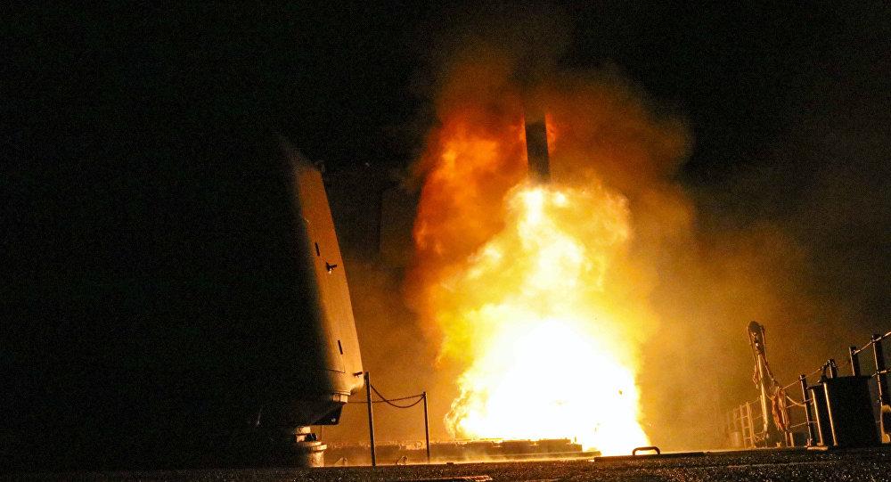 Lanzamiento de un misil Tomahawk