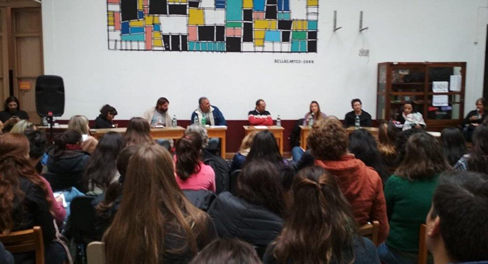 """Charla Educación en contextos de encierro"""", Montevideo, Uruguay"""