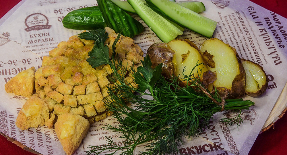 Pata de oso, plato tradicional de la cocina mordovina