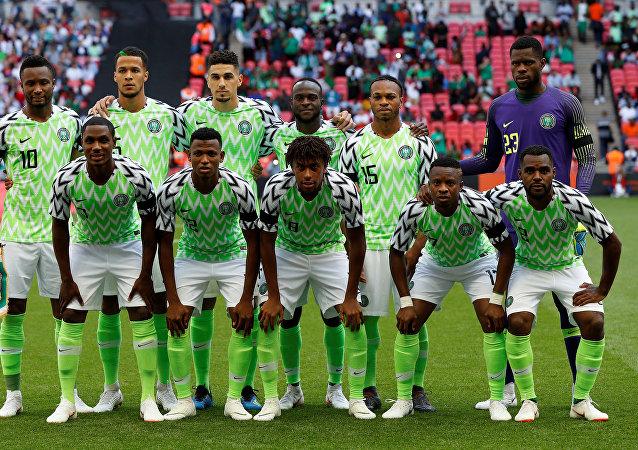 Selección de fútbol de Nigeria con la camiseta ideada por Nike para la Copa Mundial de Fútbol Rusia 2018.