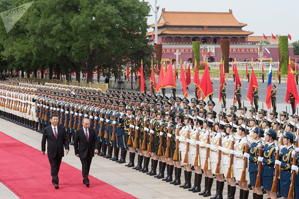 Vladímir Putin, presidente de Rusia, es recibido en China con una pomposa ceremonia