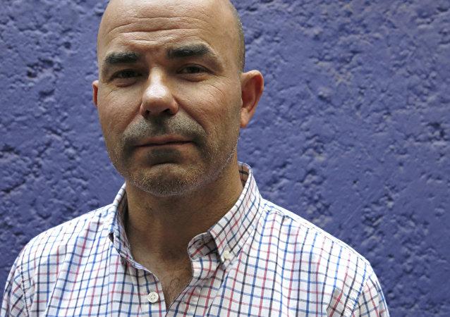 El escritor argentino Eduardo Sacheri