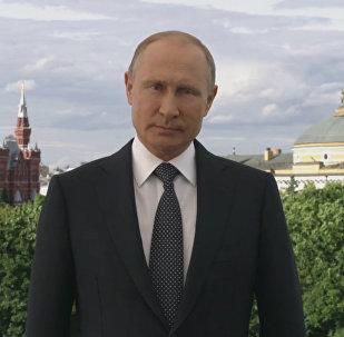 Vladímir Putin les abre las puertas de Rusia de par en par