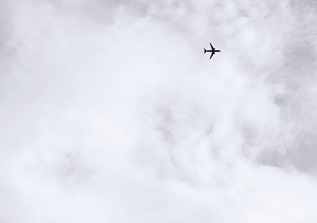 Avión en el cielo (imagen ilustrativa)