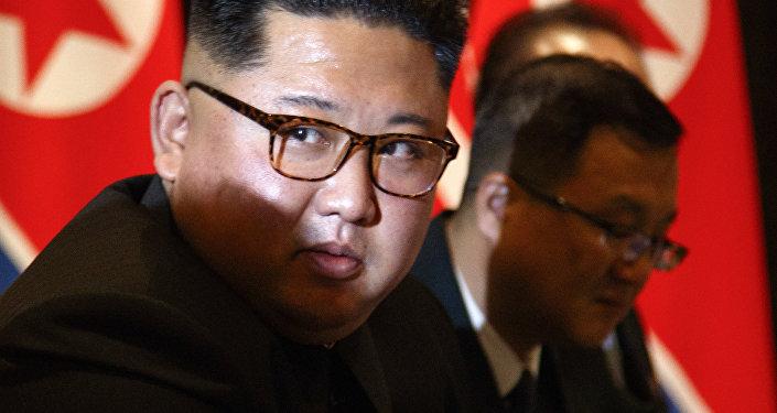 El líder norcoreano, Kim Jong-un, durante la reunión con el presidente de EEUU, Donald Trump