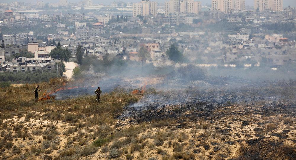 Israel ataca a Hamas para frenar incendios provocados