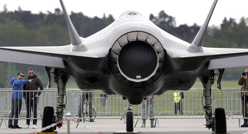 Caza F-35 en un salón aéreo en Alemania