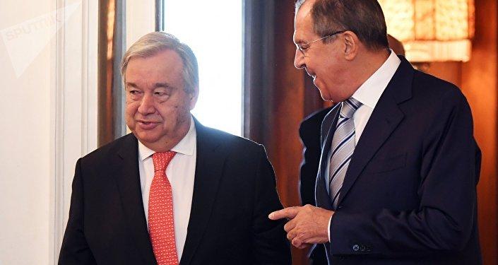 El ministro de Exteriores de Rusia, Serguéi Lavrov, y el secretario general de la ONU, Antonio Guterres