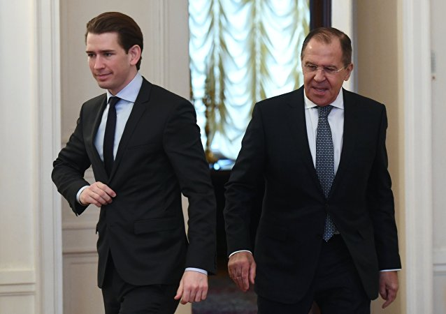 El canciller federal de Austria, Sebastian Kurz, y el ministro ruso de Exteriores, Serguéi Lavrov