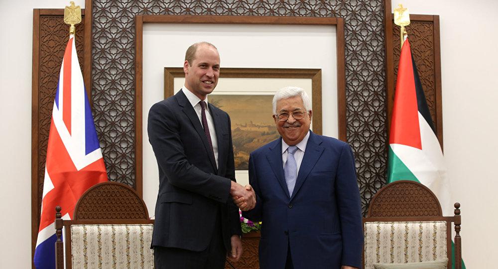 El príncipe Guillermo, el duque de Cambridge y el presidente palestino, Mahmud Abás