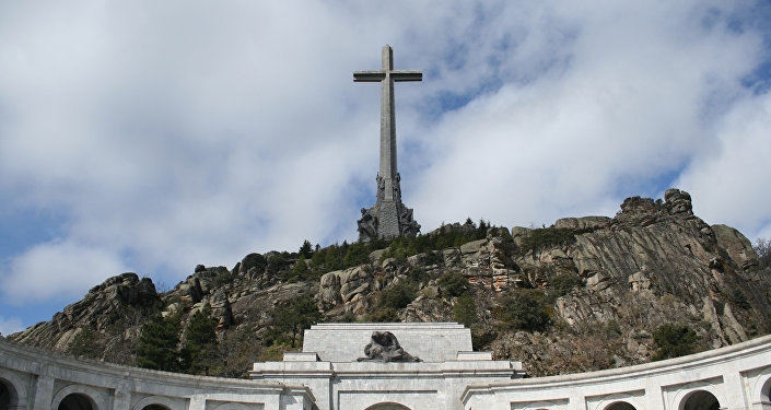 El Congreso aprueba el decreto para exhumar los restos de Franco