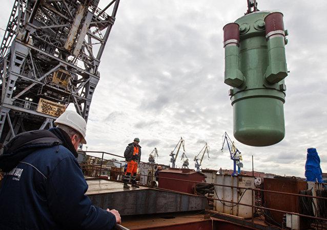 Un componente del reactor nuclear RITM-200 que alimentará el rompehielos ruso Árktika proyecto 22220. Un reactor parecido podría alimentar a los portaviones rusos y chinos