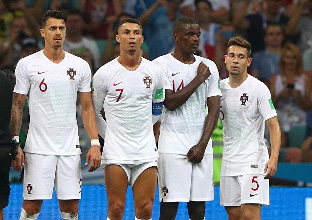 Cristiano Ronaldo mostrando sus muslos
