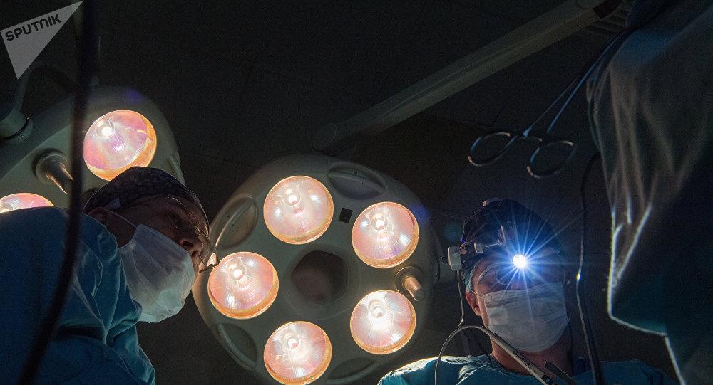 Cirujanos (imágen referencial)
