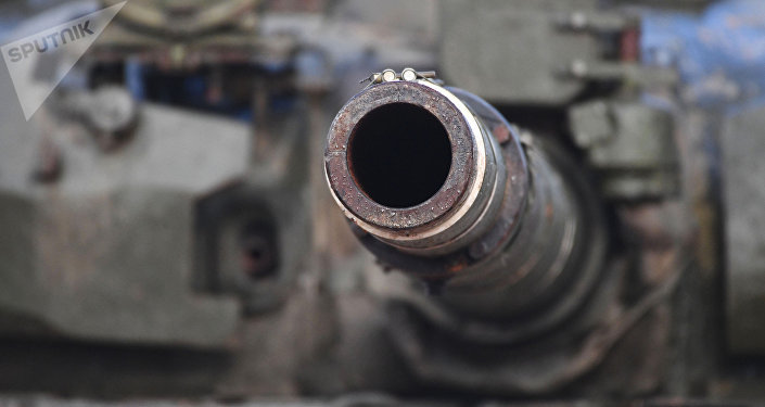 El cañón de un tanque
