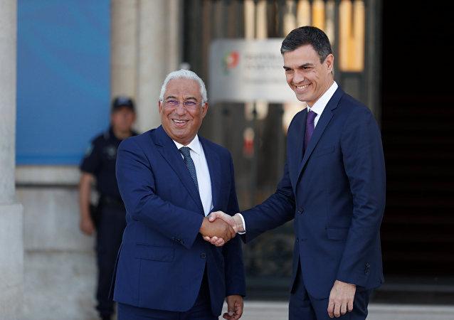 El presidente del Gobierno español, Pedro Sánchez, y el presidente de Portugal, Antonio Costa