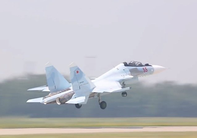 En todo su esplendor: el Distrito Militar Oeste de Rusia recibe nuevos Su-30SM