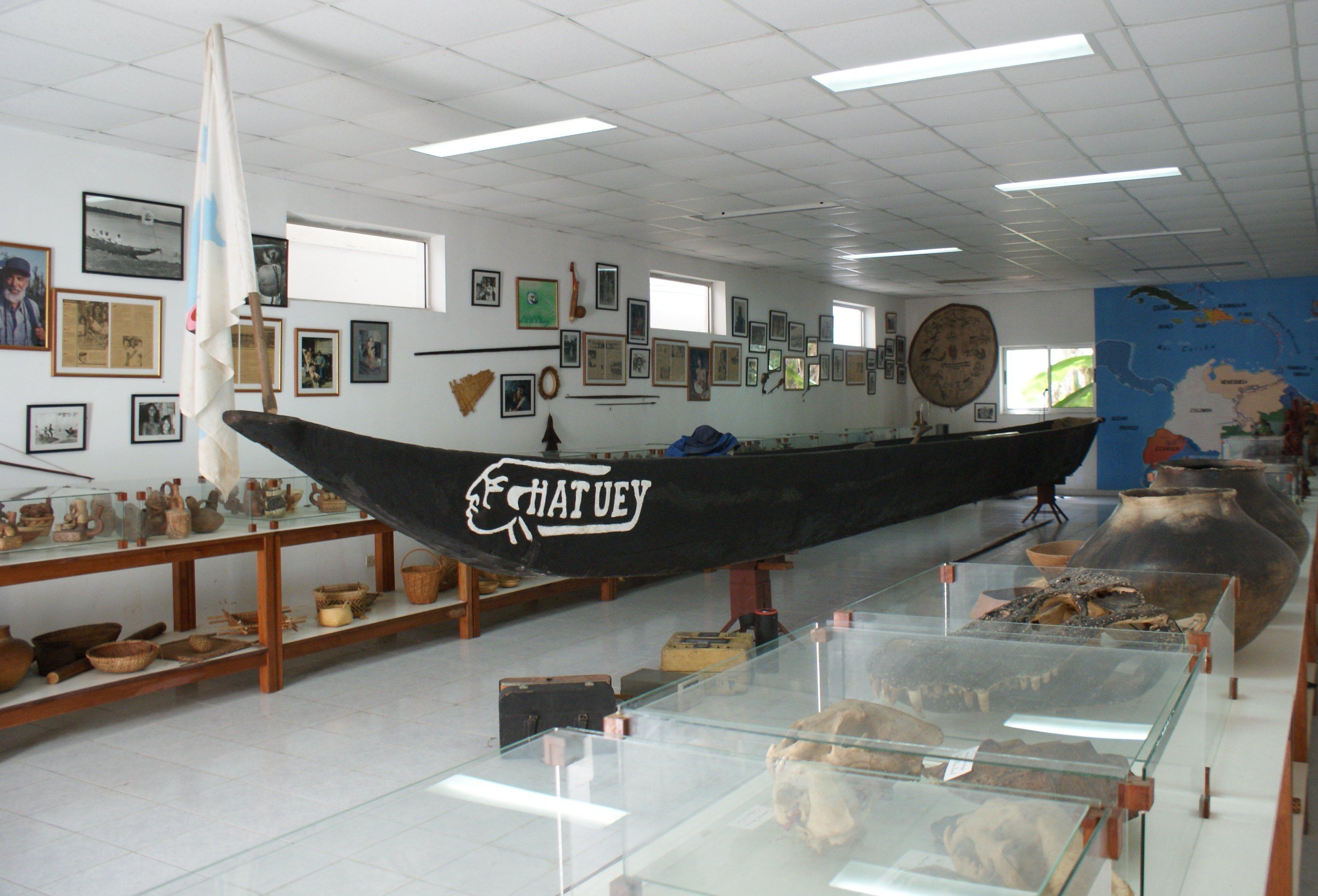 Sala de la Canoa de la Fundación Núñez Jiménez de la Naturaleza y el Hombre