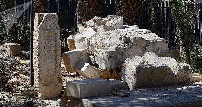 Escultura destruida en Palmira