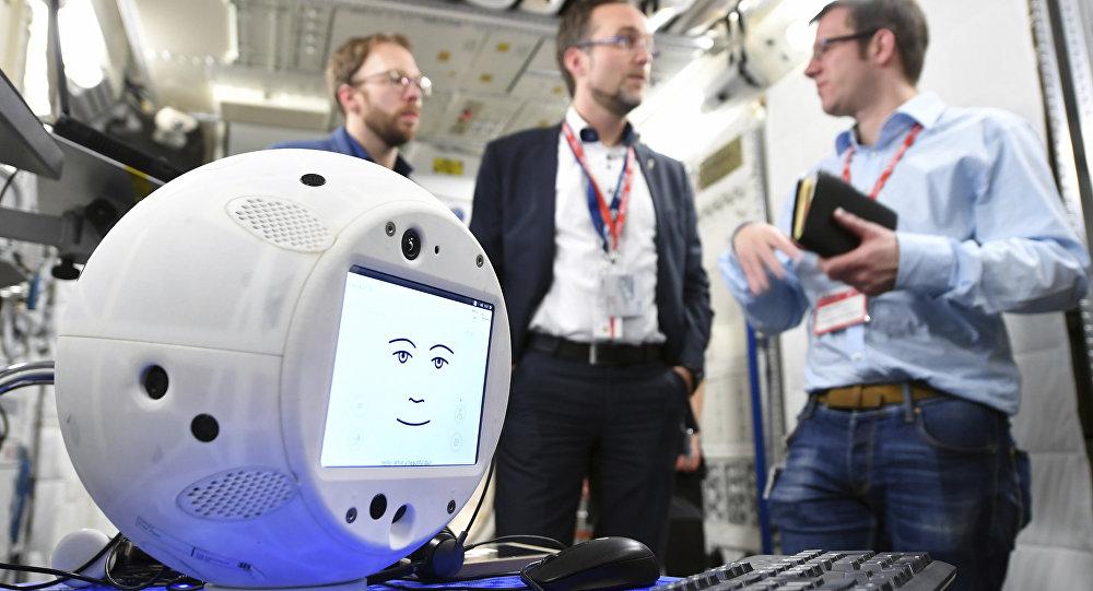 El robot CIMON