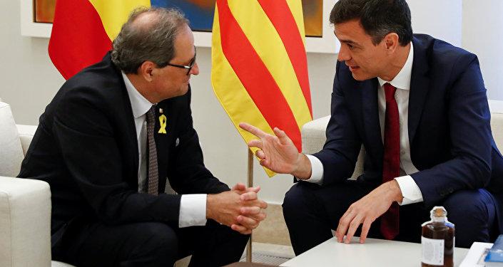El presidente del Gobierno español, Pedro Sánchez y el presidente de la Generalitat, Quim Torra