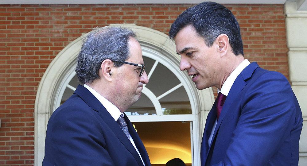 El presidente de la Generalitat, Quim Torra, y el presidente del Gobierno español, Pedro Sánchez