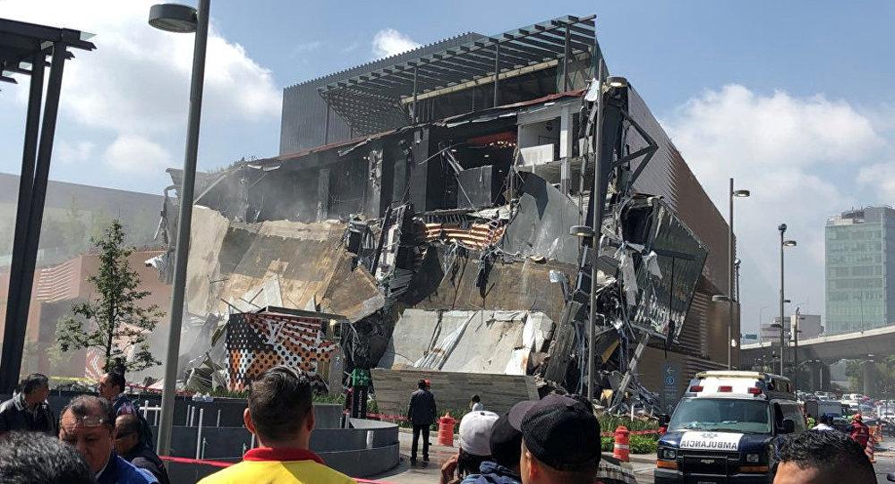 Edificio caído en México