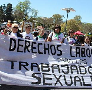 Representantes de la Asociación de Mujeres Meretrices de Argentina en el Encuentro Nacional de Mujeres en Argentina.