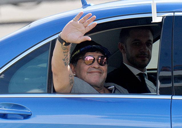 Diego Maradona llega a Bielorrusia