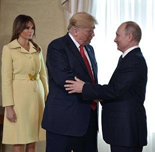 La reunión entre el presidente de Estados Unidos, Donald Trump, y el líder ruso, Vladímir Putin (archivo)