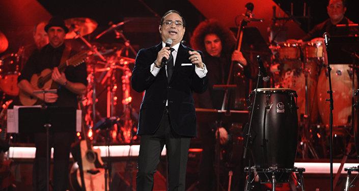 El cantante puertorriqueño de salsa Gilberto Santa Rosa