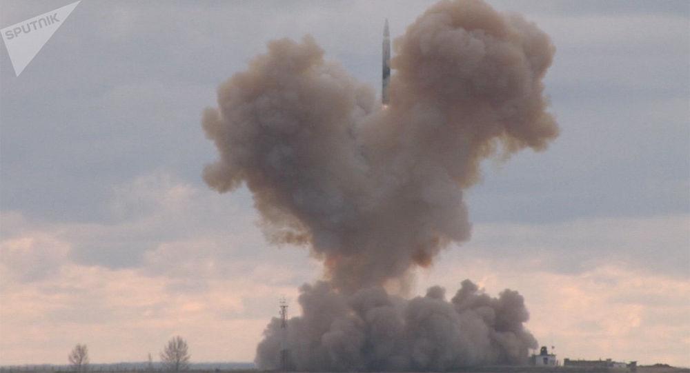 Lanzamiento del misil Avangard (archivo)