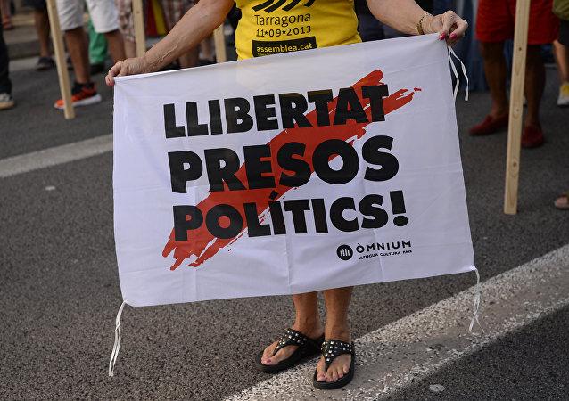 Los catalanes reclaman liberar a presos políticos